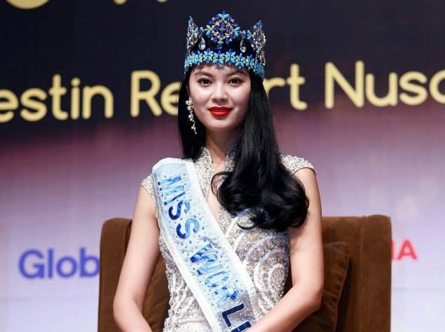 Miss World 2012, Wenxia Yu of China, takes part in a press conference on the eve of the opening ceremony of Miss World 2013 at The Westin Inn, Nusa Dua, Bali, Indonesia on 7 September. (Photo: Miss World/Facebook)