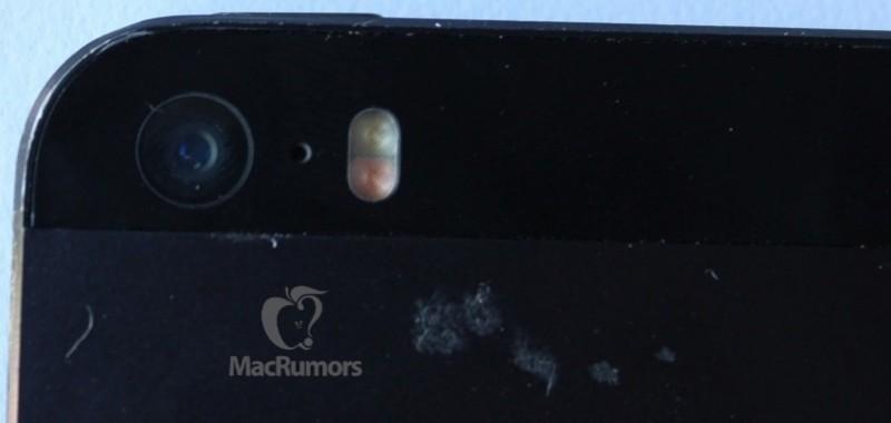 iPhone 5S dual flash camera