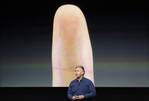 iPhone 5S with fingerprint sensor