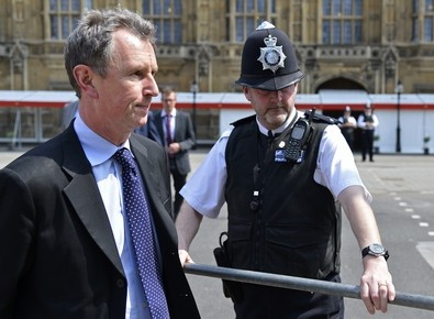 Commons Deputy Speaker Nigel Evans quits after sex assault charges