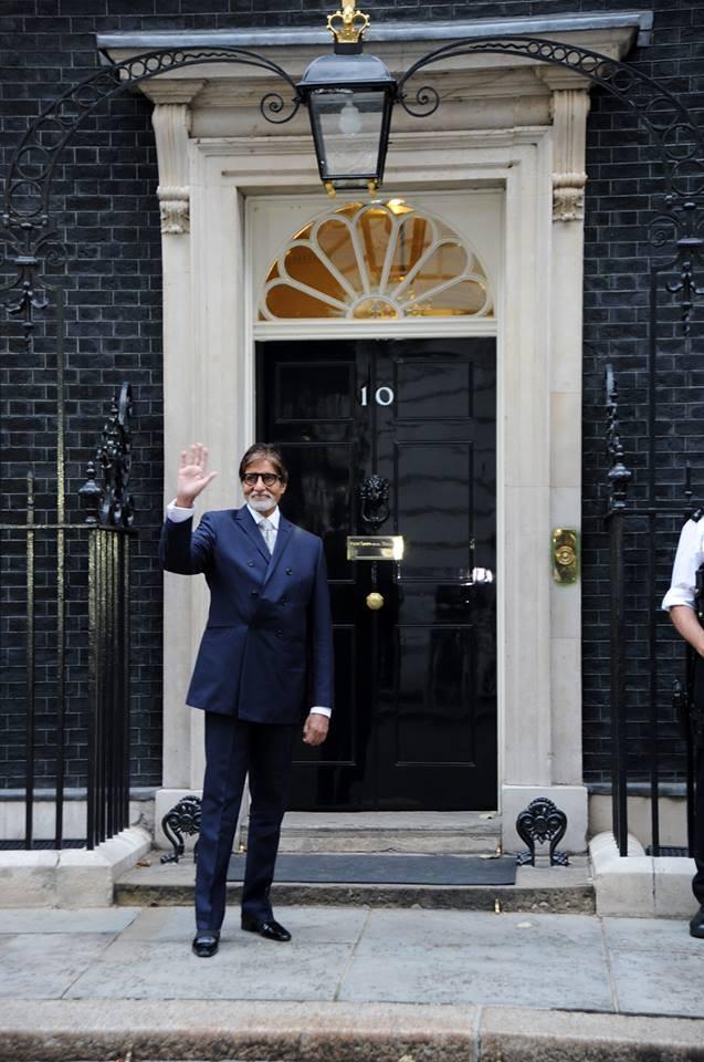 Amitabh Bachchan poses outside 10 Downing Street in London. (AmitabhBachchan/Facebook)