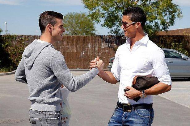 Gareth Bale S Plastic Bag Loses Out To Cristiano Ronaldo S
