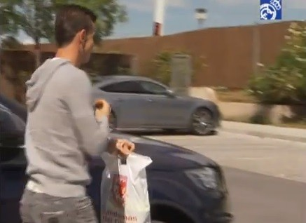 Plastic bag fails to do Bale any favours PIC: Youtube