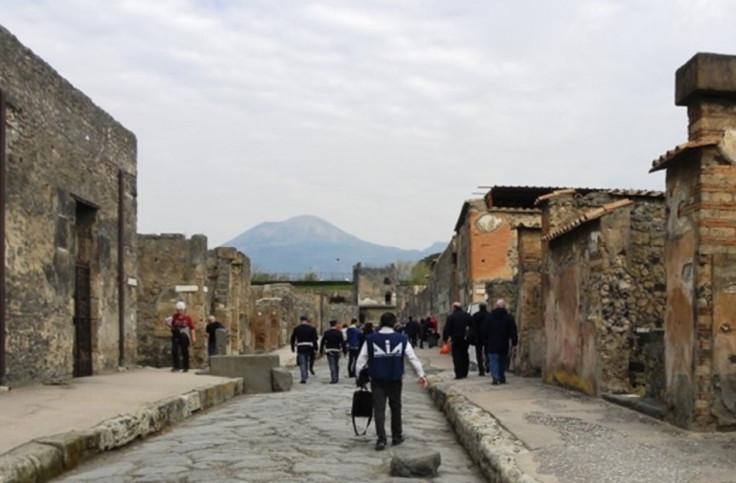 Mafia police Pompeii