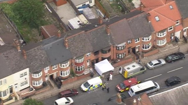 Dr Muhammad Taufiq pays tribute to his wife and children who died in a house fire in Leicester. (worldnewsviews.com)