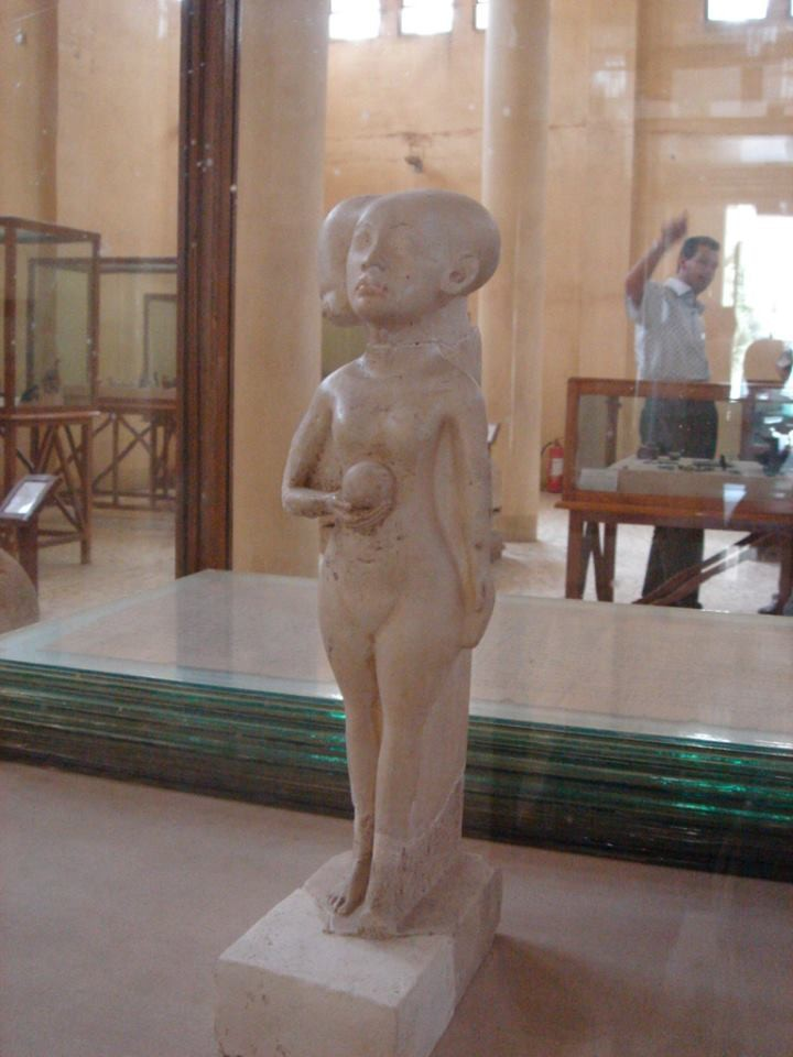 A 3,500 year-old stature of the daughter of Pharaoh Akhenaten, who ruled during the 18th dynasty was stolen. (Malawi Museum)