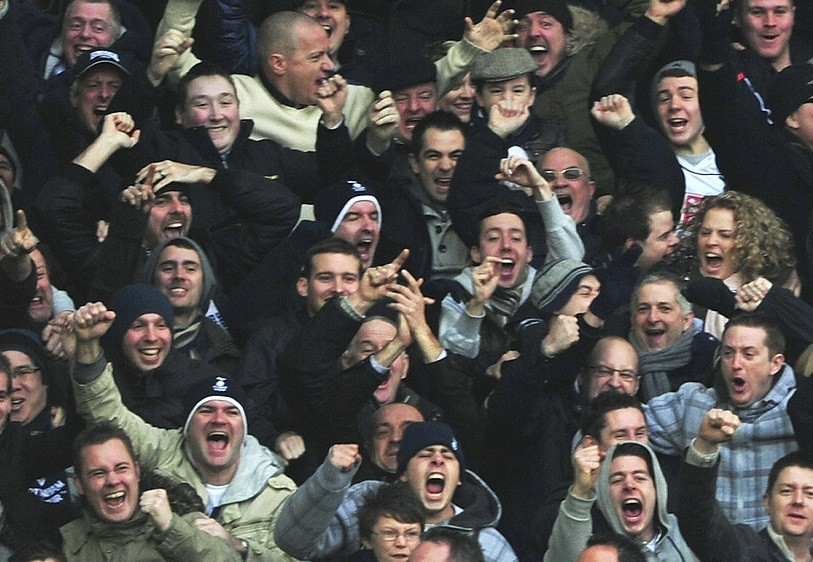 Tottenham Hotspur fans shouldn't face arrest for 'Yid' chants, says David Cameron PIC: Reuters