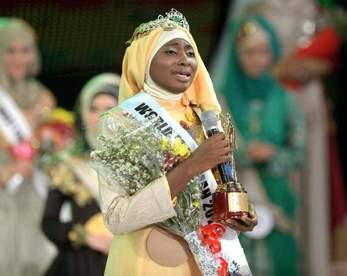 Obabiyi Aishah Ajibola of Nigeria gets emotional after winning the World Muslimah 2013 pageant, a beauty contest exclusively for Muslim women. (Photo: WorldMuslimahFoundation/Facebook)