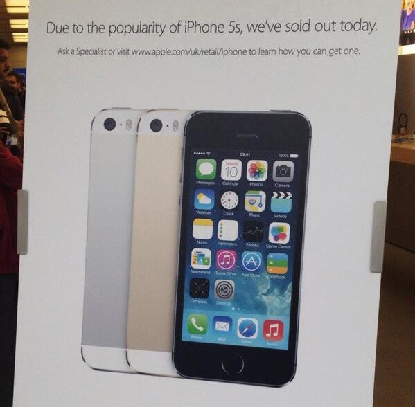 iPhone 5s Sold out at Apple Stores
