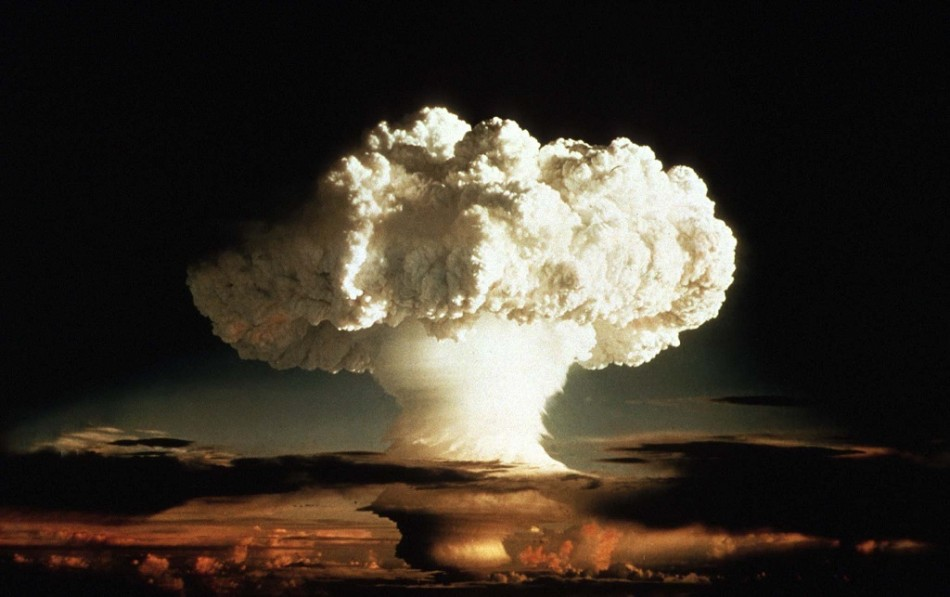 The mushroom cloud of the first test of a hydrogen bomb by the US Air Force in the Pacific Ocean in 1952.