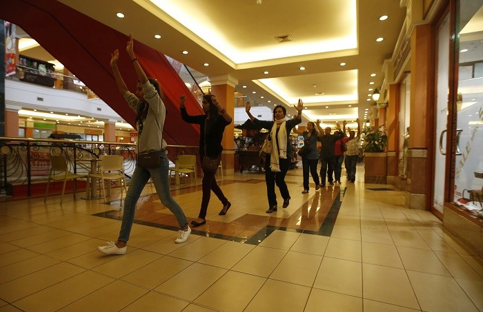 Shoppers and workers led to safety at Westgate shopping mall, Nairobi