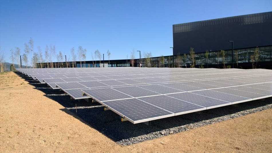 Portugal Telecom data Centre Covilha Solar Panels