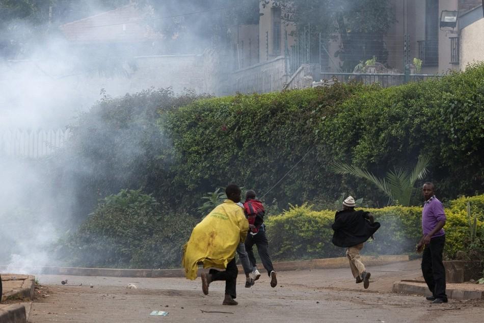 Teargas Westgate Nairobi