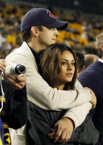 Couple Mila Kunis and Ashton Kutcher.