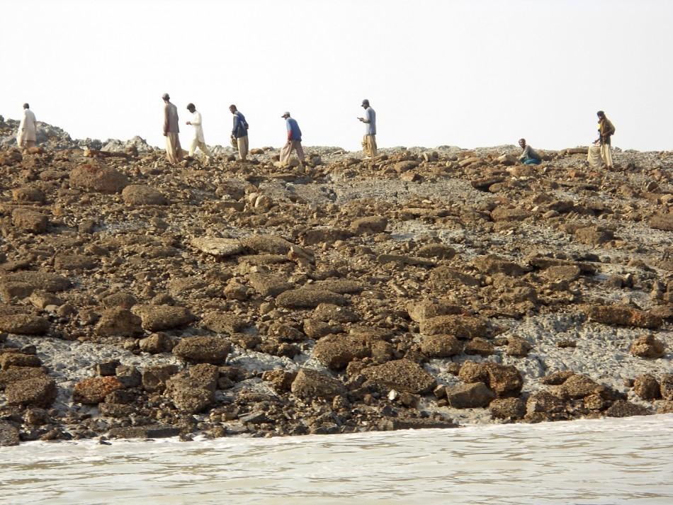 Pakistan Earthquake New Island