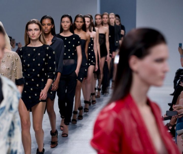 Skintight dresses are a hot offering by designer Anthony Vaccarello's Spring/Summer 2014 collection.  (Photo: Reuters)