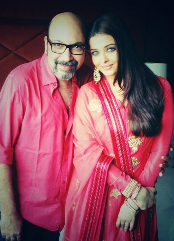 Aishwarya with her make-up artist and good friend Mickey Contractor [Twitter/Mickey Contractor]