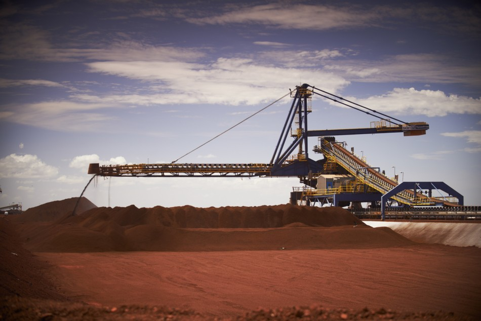 Australia forecasts 20% iron ore price decline in 2018