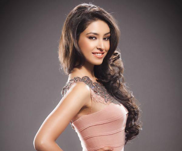 Miss World 2013: Navneet Kaur Dhillon Of India Wins Multimedia Award (Facebook/Navneet Kaur Dhillon)