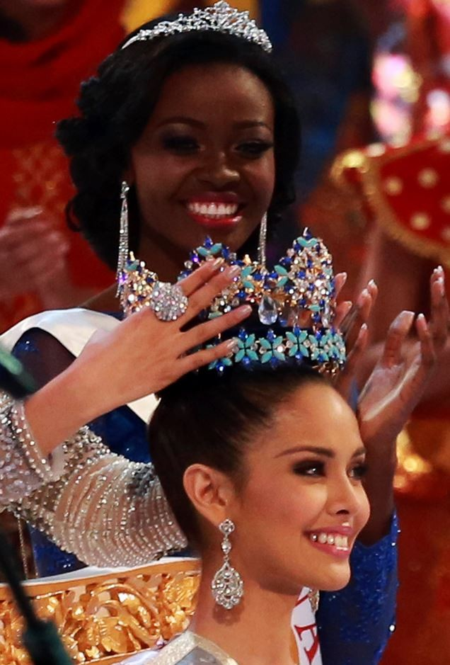 Miss Philippines Megan Young is crowned Miss World 2013(Reuters)