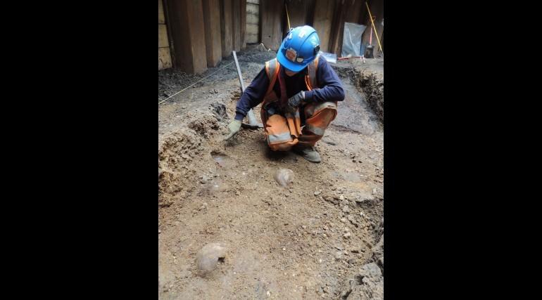The ground where skulls were found in a cluster. (Photo: ©Crossrail Ltd 2013)