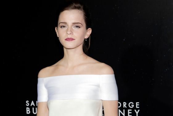 Actress Emma Watson arrives for the film premiere of Gravity in New York on 1 October. Watson has been voted the sexiest movie star along with British actor Benedict Cumberbatch in a poll. (Photo: Reuters)