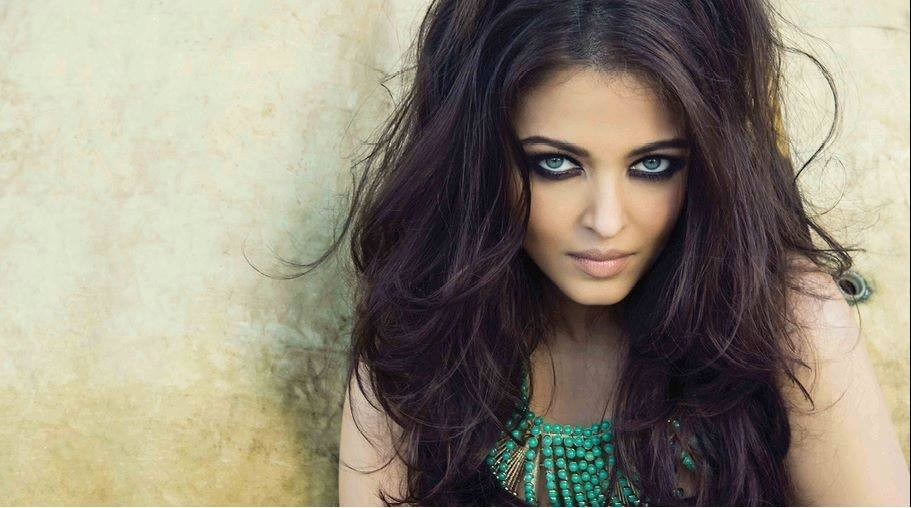 Aishwarya Rai Bachchan Stuns in New Photoshoot For Noblesse India [Facebook/World Of Aish]