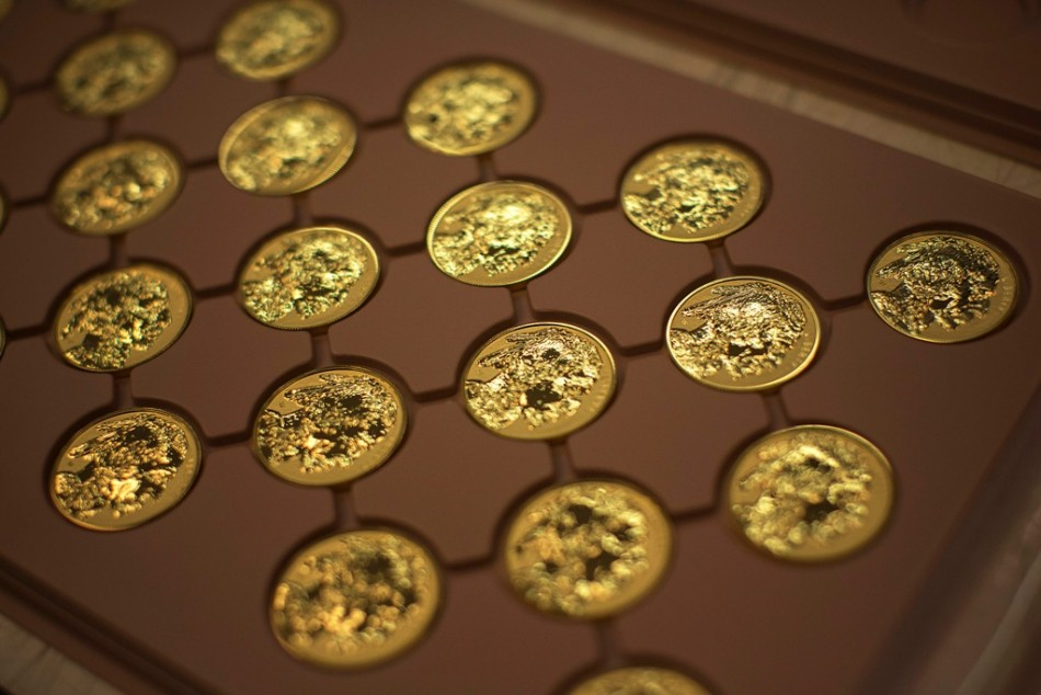 Gold prices may rise on US shutdown and debt-ceiling fears