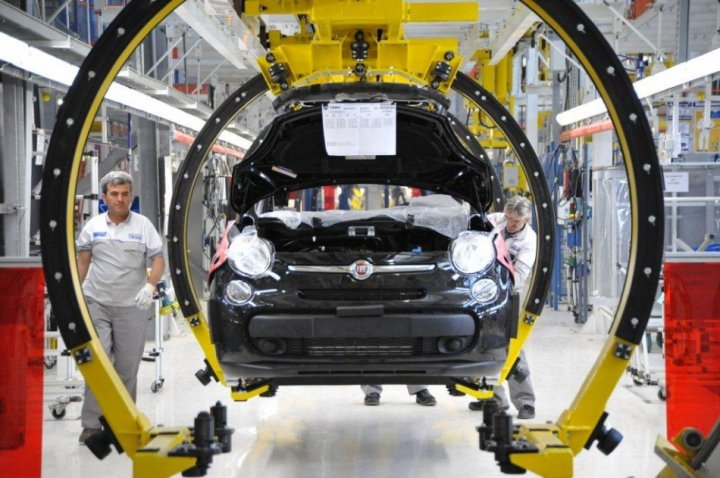 Italian carmaker Fiat SpA announced plans for a €1.3bn plant in Serbia, employing 2,400 workers, and applauded Serbian government participation in the joint venture (Photo: Fiat Serbia)