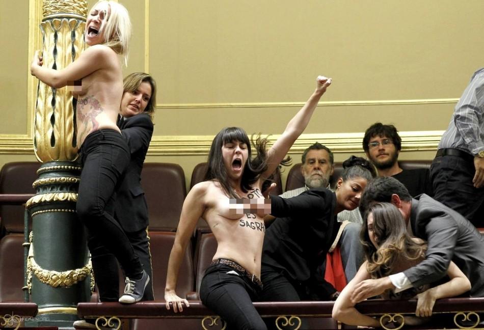 Femen Topless Spain