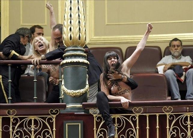 Femen Topless Spanish parliament