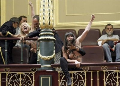 Femen Topless Spanish parliament