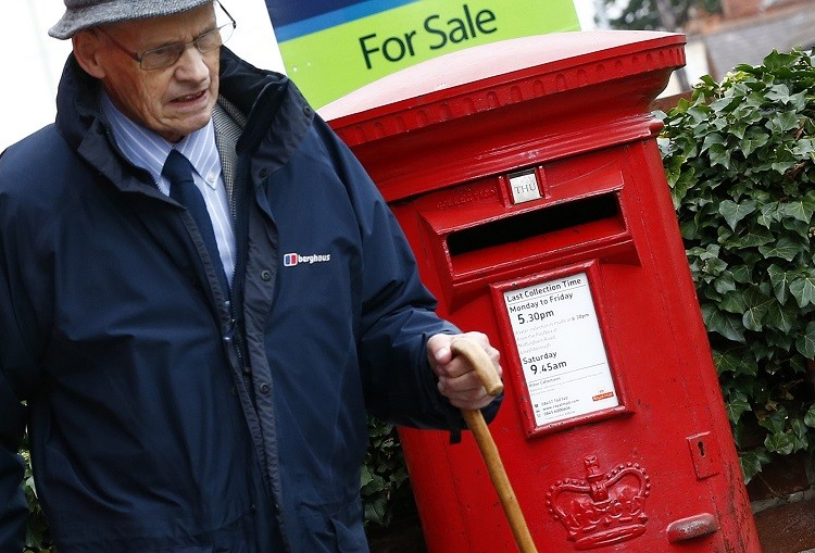 The stampede for Royal Mail shares are seven times over subscribed (Photo: Reuters)