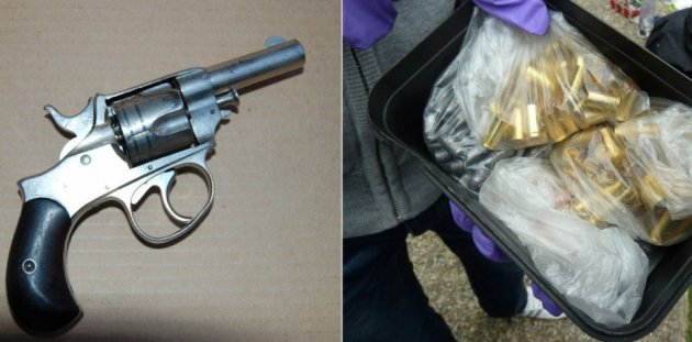 Antique revolver (l) and ammo made by Thomas Keatley PIC: Met Police