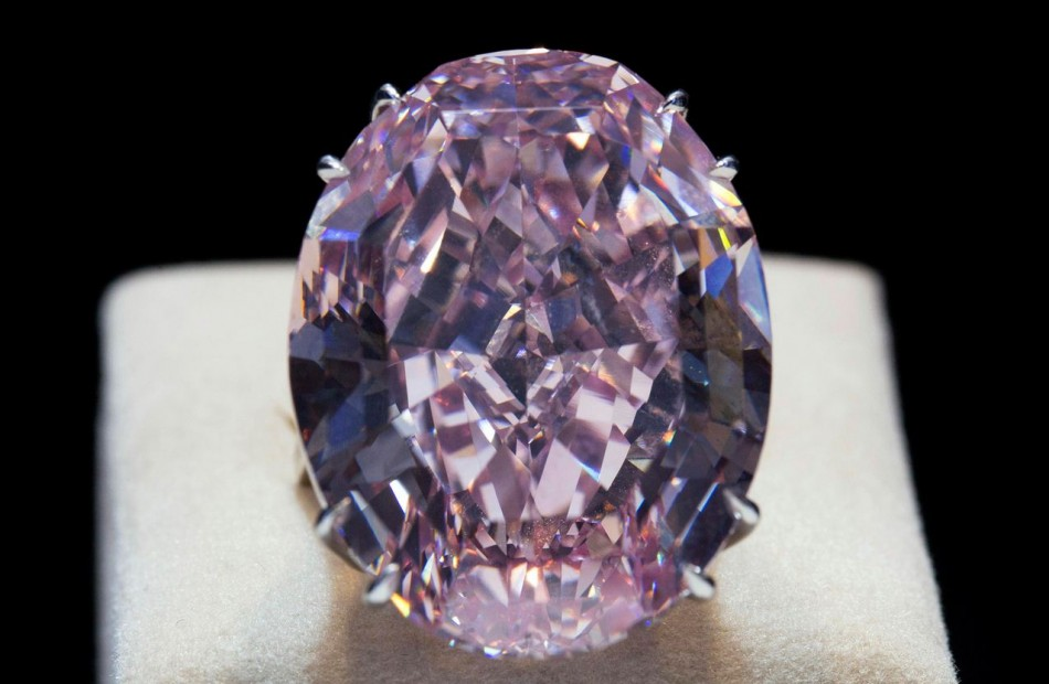 The Pink Star diamond is displayed during a press preview at Sotheby's in Hong Kong. Saturn's atmosphere is full of diamonds, according to a new study by American planetary scientists. (Photo: REUTERS)