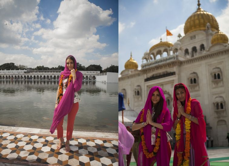 Culpo visits Golden Temple in Amritsar, India. (Photo: Miss Universe Organization)