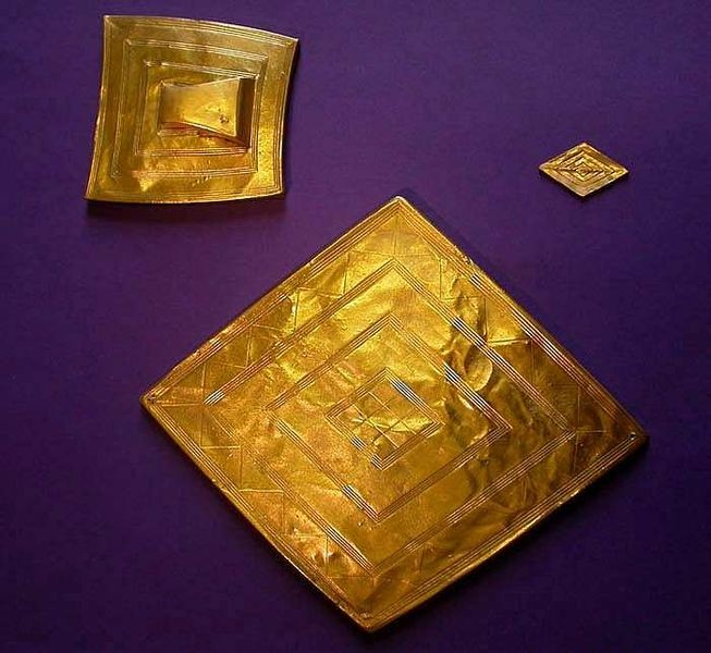 The Stonehenge treasure hoard includes a large 'lozenge'-shaped sheet of gold and a sheet gold belt plate. (Wikipedia).
