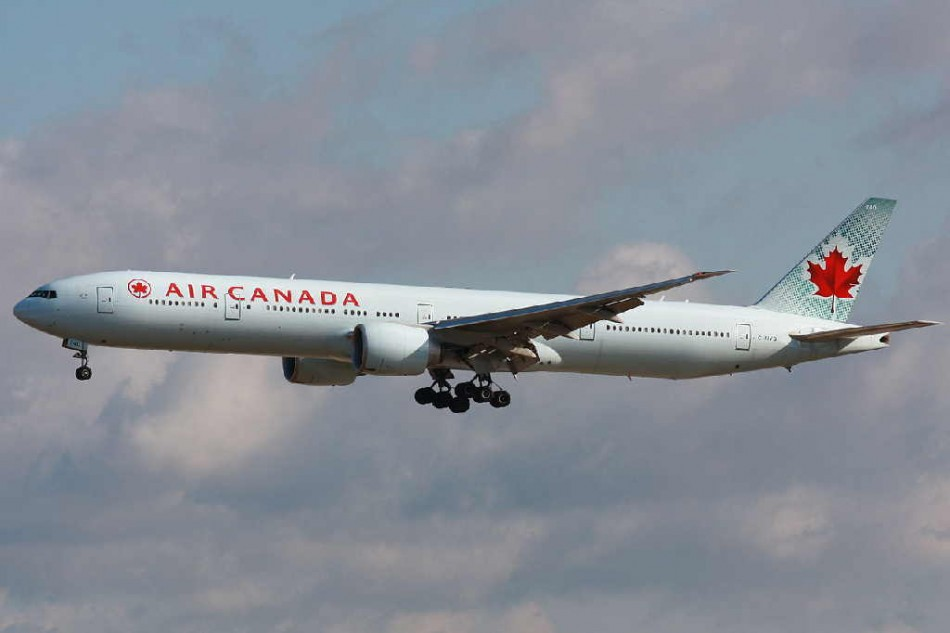 Air Canada Boeing 777-300ER on approach to Frankfurt Airport. (Wikimedia)