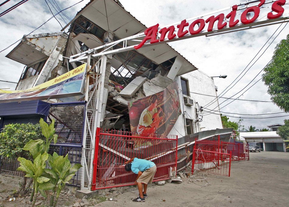 20 Killed in Philippines Earthquake