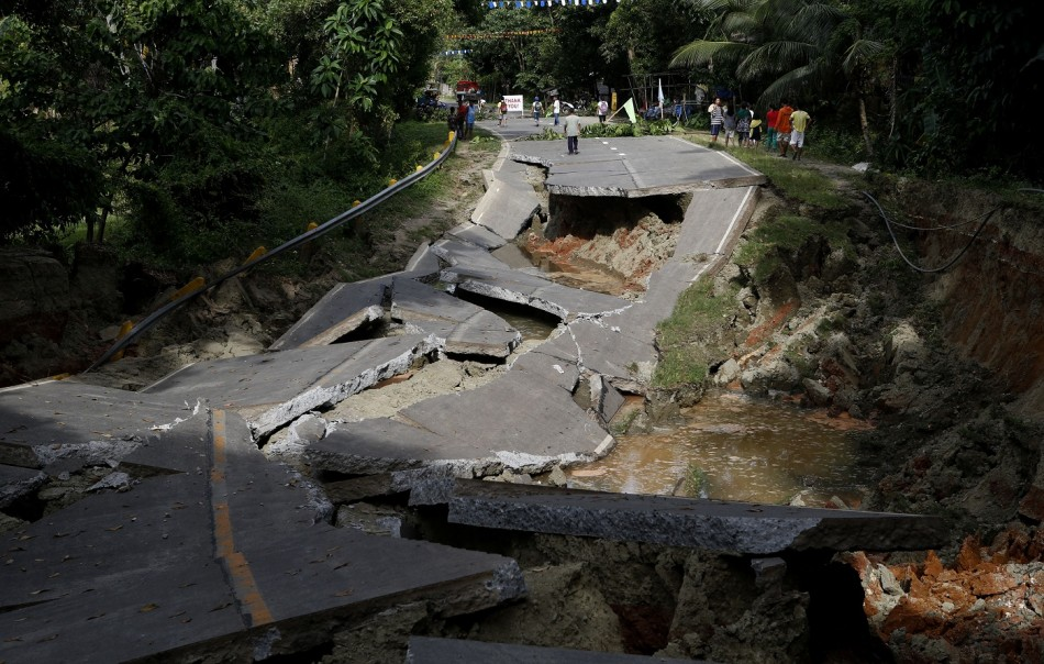 Philippines Earthquake: Death Toll Reaches 144 as Images ...