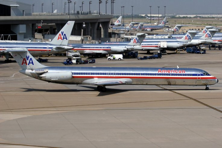 Numerous American Airlines aircraft at Dallas/Fort Worth International Airport in 2005 (Wikimedia)