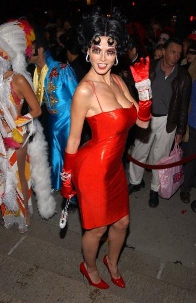 Betty Boop in 2002. NYC [Facebook/HeidiKlum]