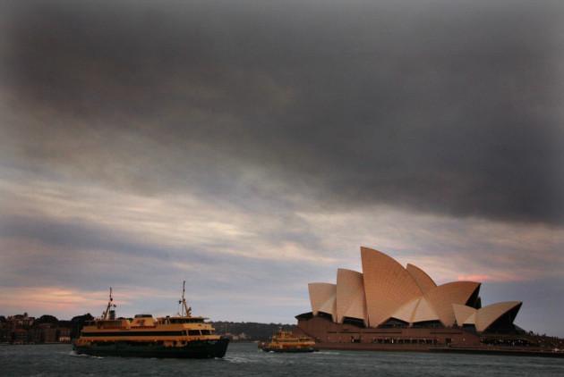 Smoke from the bushfires over Sydney Opera House.