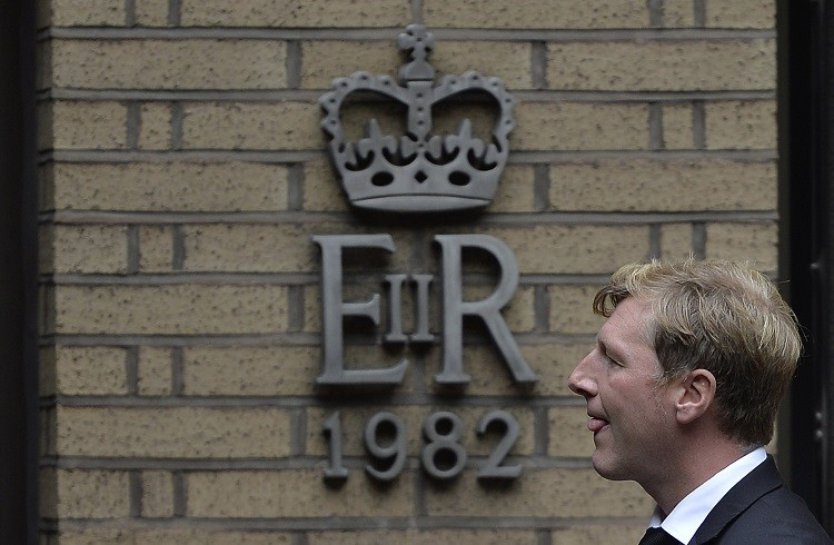 Former RP Martin broker Terry Farr arrives at Southwark Crown Court in London in October. The SFO charged Terry Farr and James Gilmour in July  with conspiracy to defraud over Libor rates (Photo: Reuters)