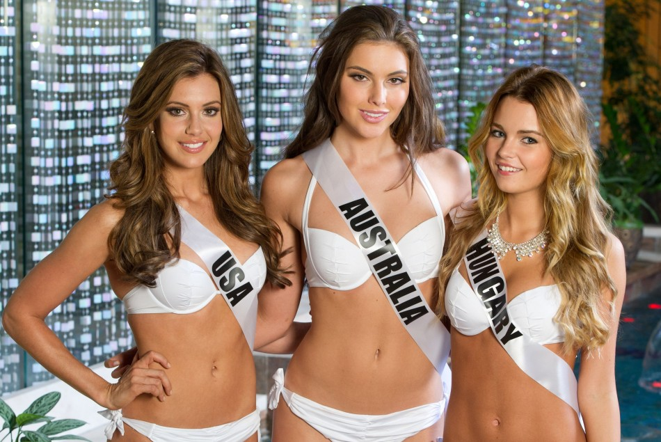 Miss Universe USA, Australia and Hugary pose in their 2014 YAMAMAY FOR MISS UNIVERSE swimwear collection at the Crowne Plaza Moscow World Trade Centre, on October 22, 2013. (Photo: MIss Universe Organization L.P., LLLP)