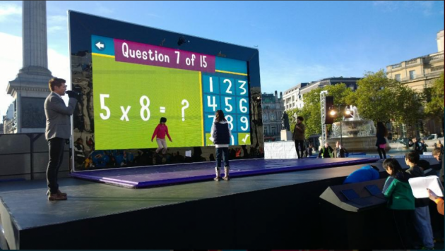 World's Largest Surface Tablet Spotted in London [PHOTOS]