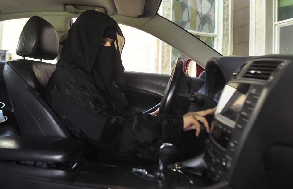 Saudi women refuse to drop driving campaign