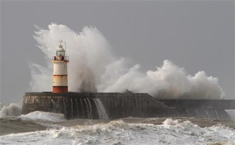 Storms to lash UK