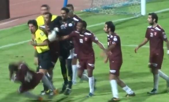 Kuwait ref loses plot