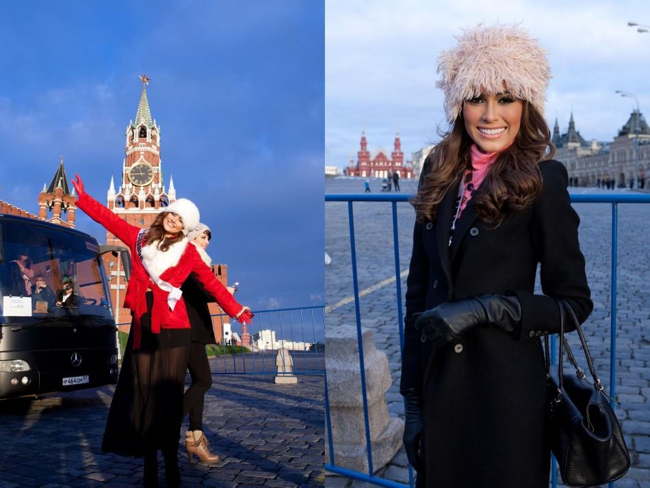 Constanza Baez, Miss Universe Ecuador 2013 (L) and Gabriela Isler, Miss Universe Venezuela 2013 pose at Red Square. (Photo: Miss Universe Organization L.P., LLLP)